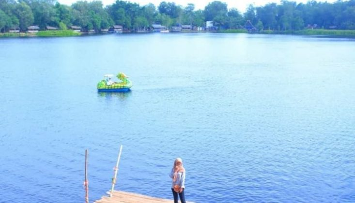 Danau Naga Sakti Lokasi : Kp. Dosan, Kec. Pusako, Dosan, Pusako, Kabupaten Siak, Riau